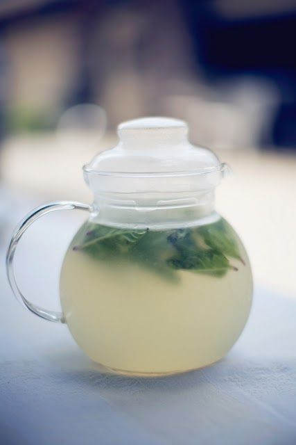 2 fresh squeezed lemons + 2 pints of water + agave to taste + fresh mint leaves