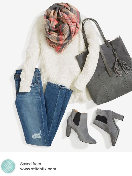 white sweater, ripped jeans, winter outfit, woman outfit, gray booties, gray tote bag, plaid scarf