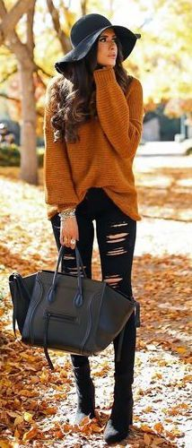 rust sweater, winter outfit, black skinny jeans, black floppy winter hat, black booties