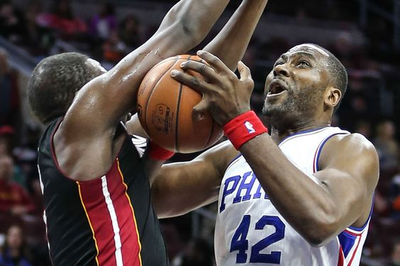 76ers bring back Elton Brand for another year