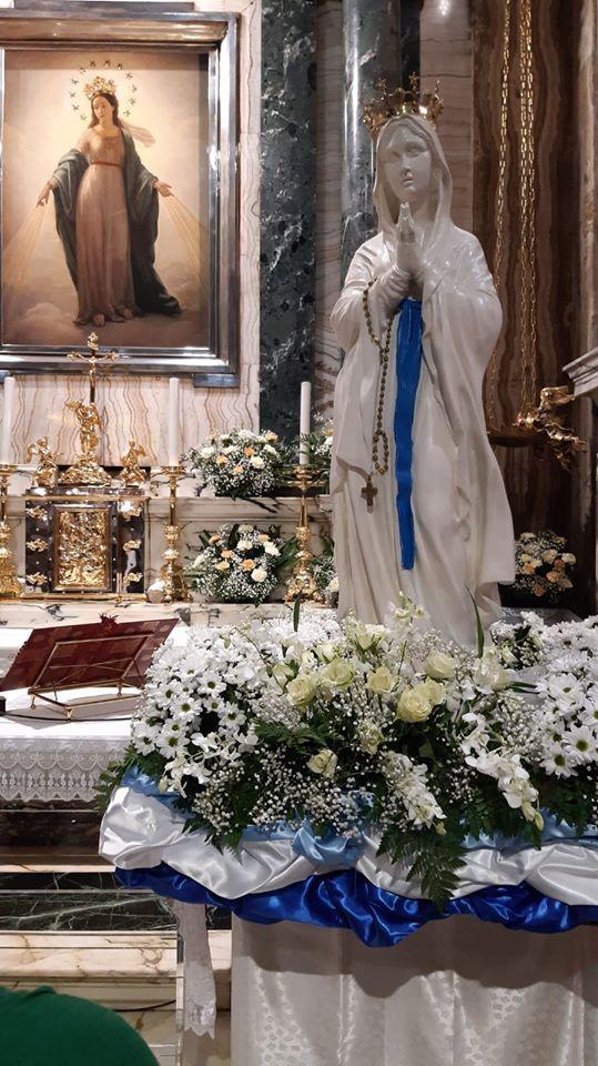 Basilica Di Sant Andrea Delle Fratte Roma Table Decorations Decor Home Decor