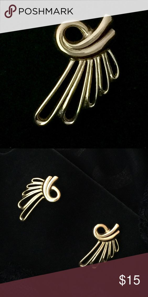 """Vintage Gold  """"Angel Wing"""" Pierced Earrings These vintage gold pierced earrings are beautifully crafted and are reminiscent of outstretched angel wings. There is no brand stamp but they are similar quality to Napier or Monet. They are a little over 1 inch long. Jewelry Earrings"""