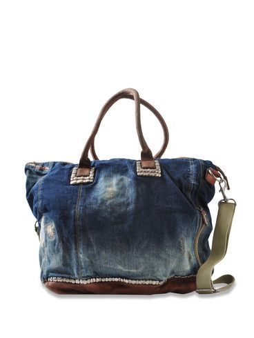 Distressed Denim Bag: I am so making this out of a pair of jeans and leather skirt.