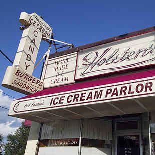 """""""Holsten's"""": """"The Sopranos"""" – Bloomfield, Nueva Jersey  14restaurantes icónicos de programas de televisión en los que puedes comer en la vida real"""