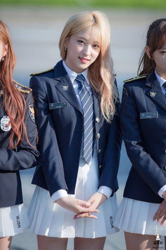 Dedicated To Female Kpop Idols Female Transformation Cosmic Girls Girl