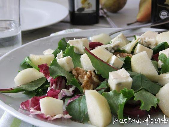 la cocina de aficionado: Ensalada de pera y gorgonzola