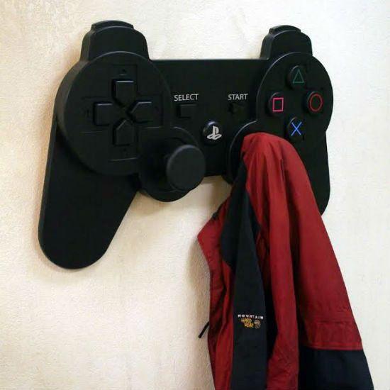 Playstation-controller-coat-rack