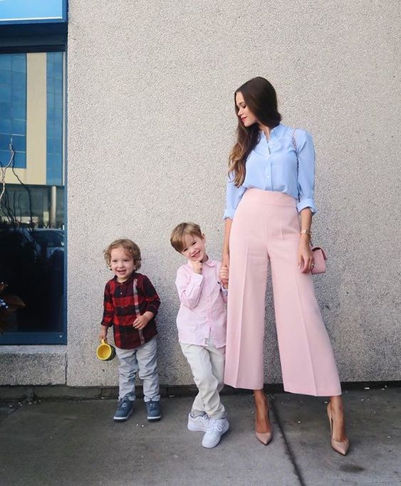 Super #stylish #mom #Valeria Lipovetsky (looking for the same #pink #pants)