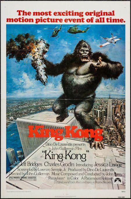 "King Kong (Paramount, 1976). One Sheet (27"" X 41""). Horror. Starring Jeff Bridges, Charles Grodin, Jessica Lange, John Randolph, Rene Auberjonois, Julius Harris, Jack O'Halloran, Dennis Fimple, Ed Lauter, and John Agar. Directed by John Guillermin."