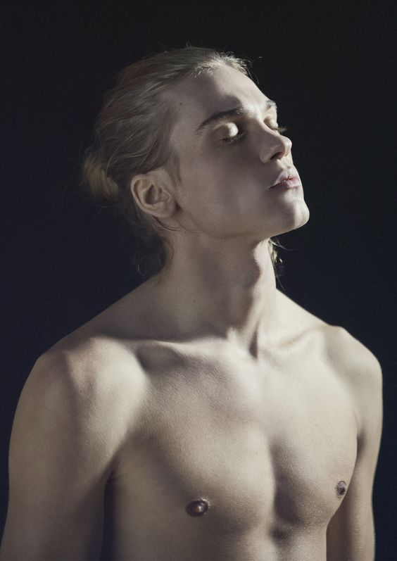 Emil Andersson ©Carlos Montilla. TENMAG Magazine fashion editorial March 2014
