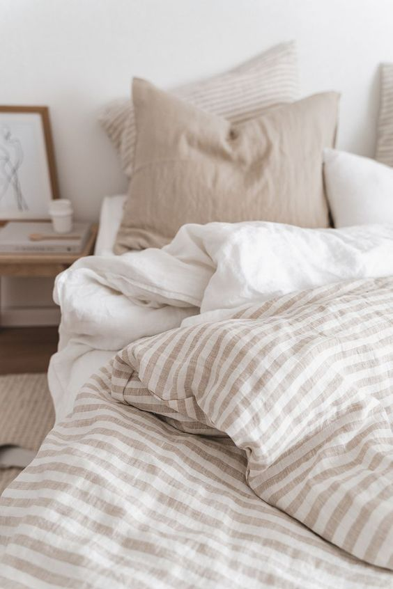 Natural Striped Linen Bedding//