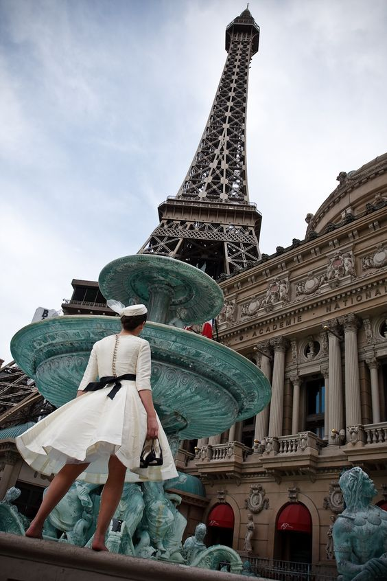Audrey wedding gown. Eiffle Tower. Paris