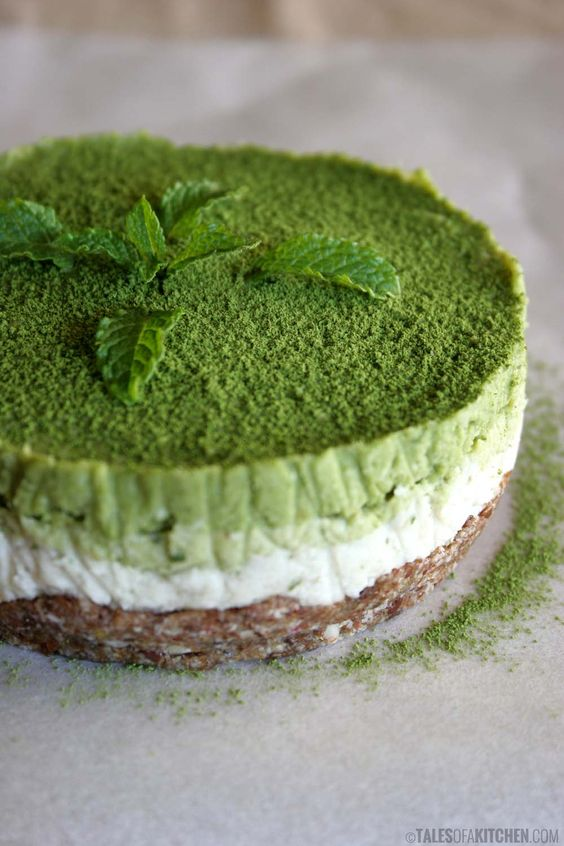mint matcha coconut cake | Raw desserts | Pinterest | Coconut, Matcha ...