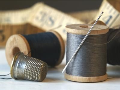 How to Thread a Brother LS2125 Sewing Machine thumbnail