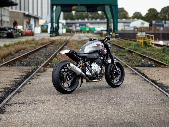 Yamaha XSR700 Super 7 von JvB-moto