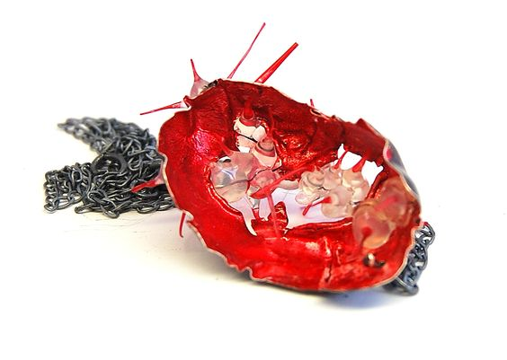 Linda Ezerman - Neckpiece from the series Shrimps Materials: silver, paint, silicone, pigment: