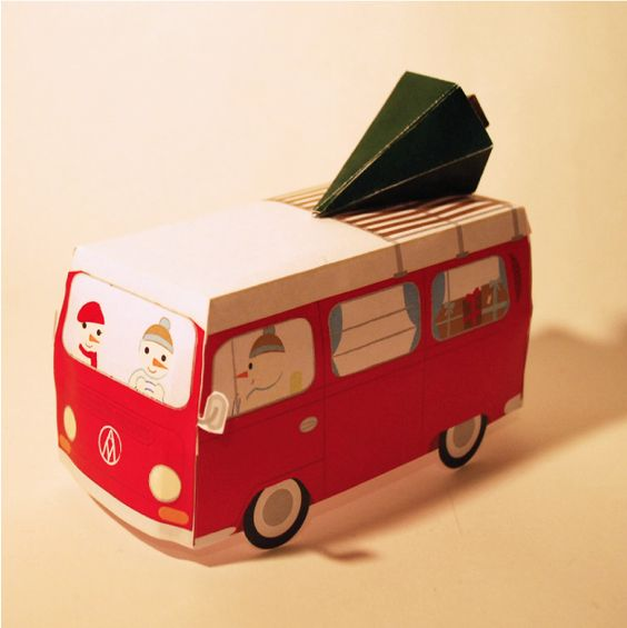 Christmas Camper Papercraft (source: http://www.paper-toy.fr/2012/12/31/christmas-camper-papertoy/)