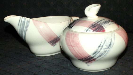 Stetson Scots Clan Pink & Charcoal Cream & Sugar Set.  Great shape, lovely gray and pink brush stroke plaid.