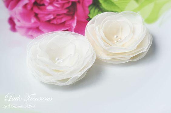 Rosenblüte Ivory/Creme*Haarschmuck/Ansteckblüte von Princess Mimi  auf DaWanda.com