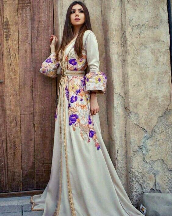 كولكشن قفطان 2018 للطلب حياكم واتس اب 00212699025005 قفطان الامارات تاجرة الشرقية الرياض فاشنيستا السعودية We Moroccan Dress Dresses Moroccan Fashion