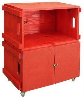 Criado Mudo com Porta, caixote de madeira: