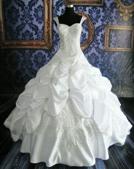Ballgown wedding dress....MY DREAM DRESS BUT PROBABLY NOT WITH STRAPS!
