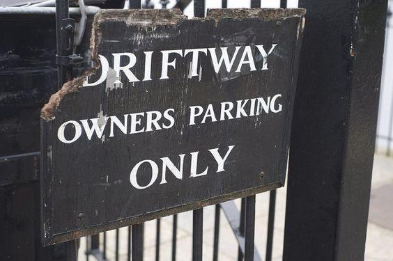 London Daily Photo: Driftway