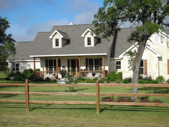 Country ranch homes country style homes addition to a Old ranch house plans