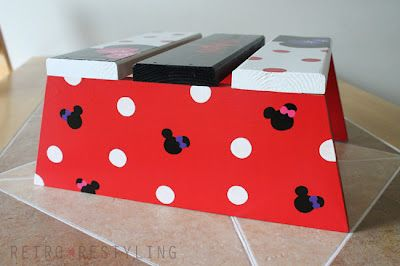 Cute step stool, a little Mickey style...would be awesome in our disney bathroom
