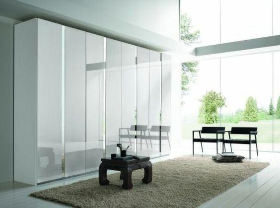 armoire-design-portes-intéressantes