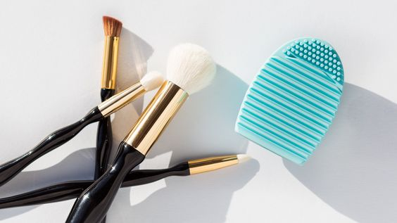 The $1 Brush Cleaner You Need In Your Life: