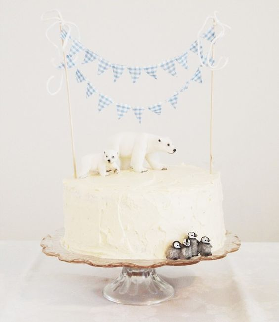 Winter Wonderland Cake & bunting