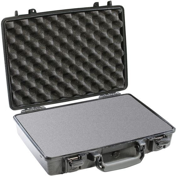 Pelican Products 1470 Laptop Case Medium Case offers watertight protection…