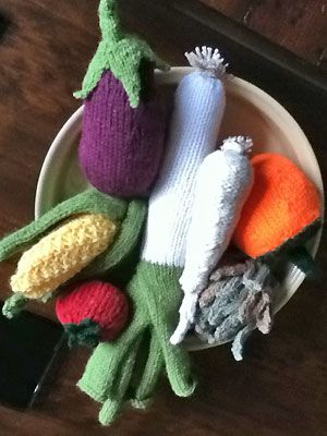 Knitting Pattern For Vegetables : All about you, Free knitting and Food blogs on Pinterest
