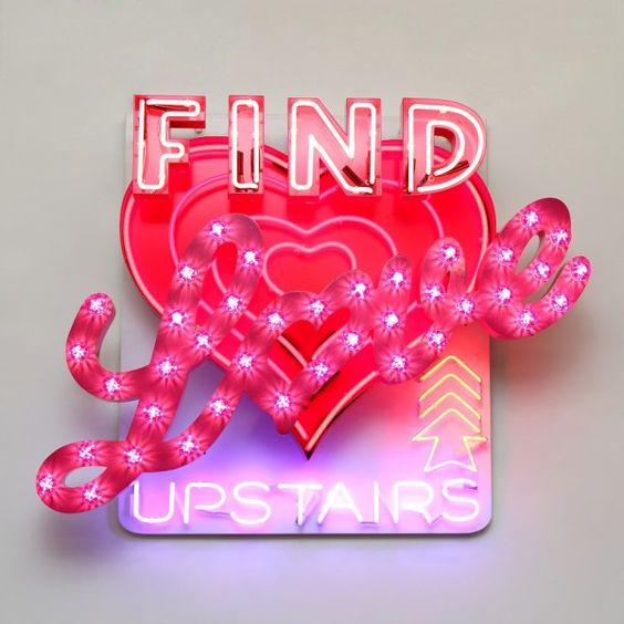 Find Love Upstairs, Lighting