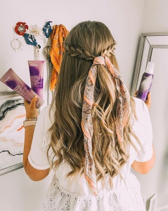 Head Scarf Bandana And Bow Hairstyle 25 Hair Ideas Vera Casagrande Bow Hairstyle Headband Hairstyles Scarf Hairstyles