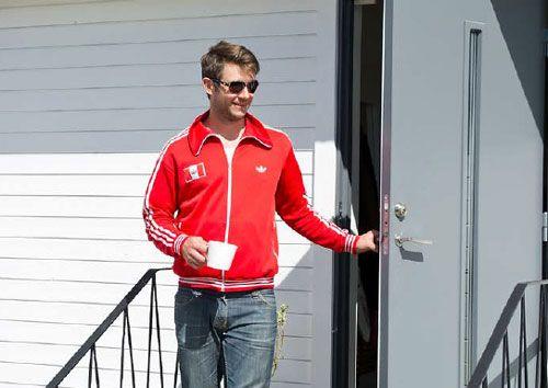玄関ドアの 外開き 内開き 日本は外開き扉が主流ですが 海外は