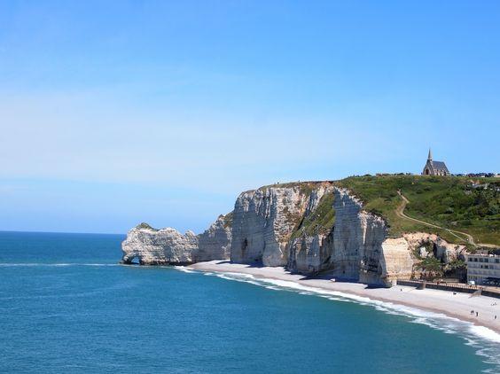 #Etretat  #France #plage #mer #bleu #blue #voyage #travel #vacation #vacances