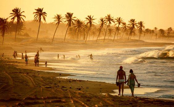 Entardecer na Praia de Cumbuco