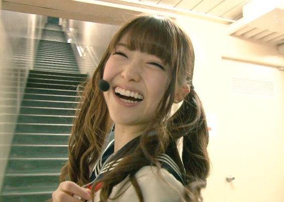 笑顔の松村沙友理