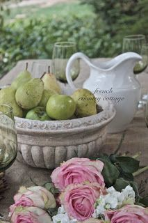 FRENCH COUNTRY COTTAGE: Grapevine Wreaths