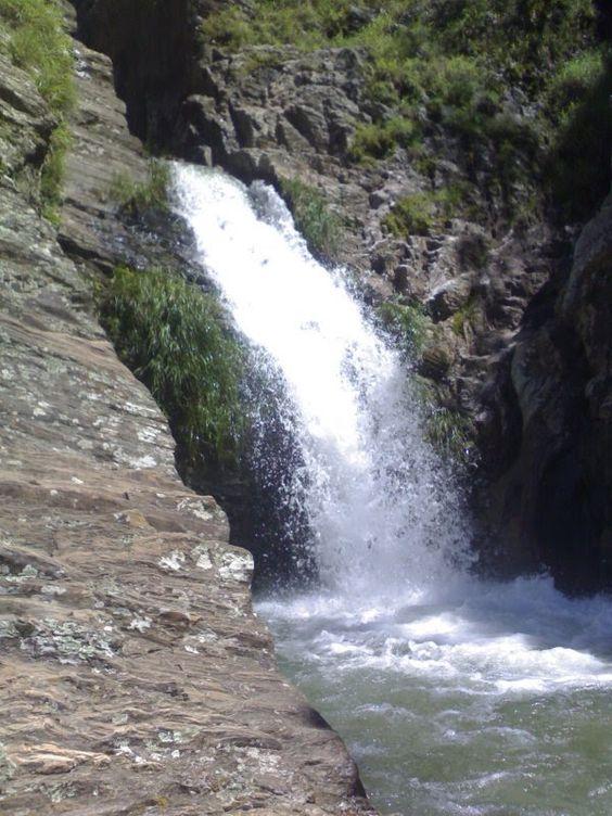 Cachoeira >.