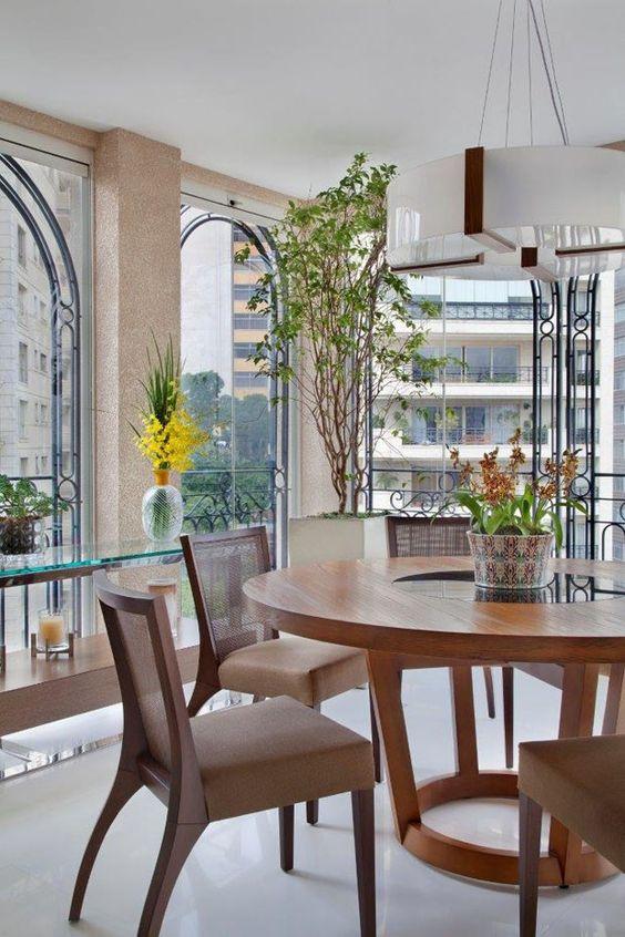 Acolhedor e com um toque masculino - Casa Vogue | Apartamentos