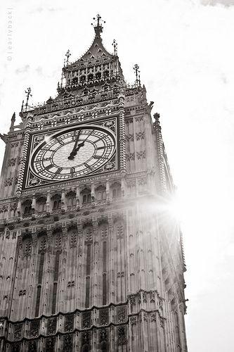 Big Ben with Sun Rays