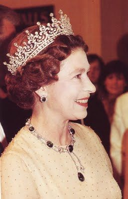 Queen Mary gave this tiara to Queen Elizabeth as a wedding gift.