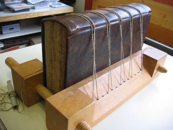 restauration d'un livre ancien