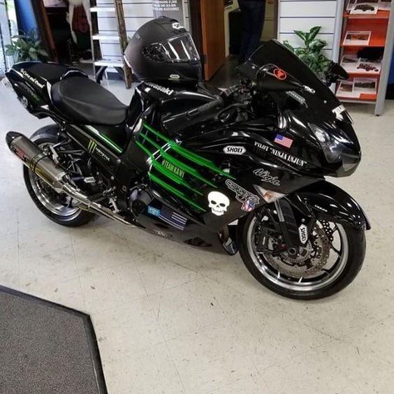 Мотоцикл kawasaki ninja в крыму