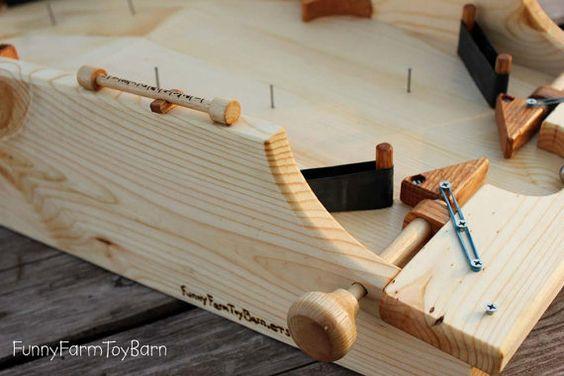 flipper 2 joueurs jeu la main en bois par funnyfarmtoybarn jeux g ant ext rieur pinterest. Black Bedroom Furniture Sets. Home Design Ideas