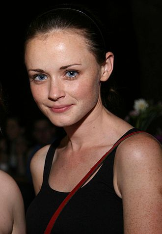 Bledel's performance was highly praised by critics.