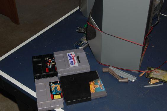 Super Nintendo SNES and Nintendo NES games in Geddes' Garage